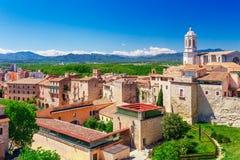 Hoogste satellietbeeld op Girona, Cataloni?, Spanje Toneel en kleurrijke oude stad De beroemde bestemming van de toeristentoevluc stock afbeelding