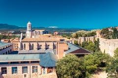 Hoogste satellietbeeld op Girona, Cataloni?, Spanje Toneel en kleurrijke oude stad De beroemde bestemming van de toeristentoevluc stock fotografie