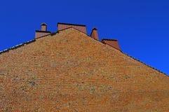 Hoogte ruwe bakstenen muur stock afbeeldingen