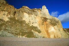 Hooken klippa nära by av Branscombe arkivfoton