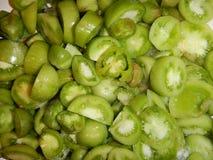 Hoop van besnoeiings kleine groene tomaten Stock Fotografie