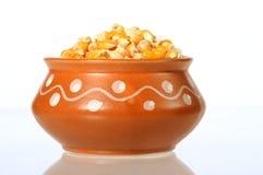 Hoop van Droog die graan voor het maken van popcorn wordt gebruikt stock fotografie
