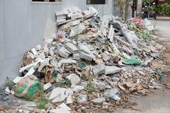 Hoop van schroot of verspild van de huisbouw Royalty-vrije Stock Afbeelding