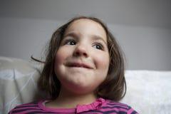 Hoopvolle drie jaar oud meisje Stock Fotografie