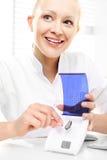 hoorapparaten drogere zorg stock foto