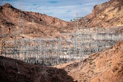 Hoover tama architektoniczny arcydzieło przy granicą między Nevada i Arizona zdjęcia stock