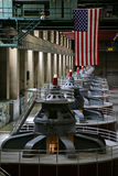 Hooverdamms-Generatoren stockfotografie