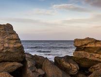 Hopeman, Ansicht von den Felsen. Lizenzfreies Stockbild