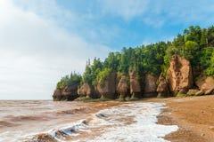 Hopewell célèbre bascule des formations de pot de fleurs à marée basse Photographie stock libre de droits