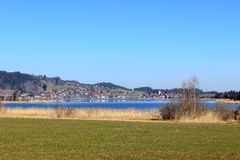 Hopfen около озера Hopfensee в Баварии стоковая фотография