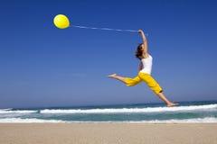 hoppa för ballonger Royaltyfri Fotografi