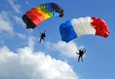 hoppa fallskärm två Royaltyfri Fotografi