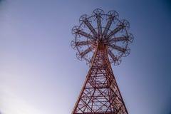 Hoppa fallskärmhoppet på Coney Island, Brooklyn Arkivbild