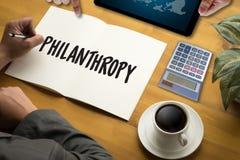 Hoppomsorg donerar hjälp Su för donationer för altruismfilantropivälgörenhet royaltyfria foton