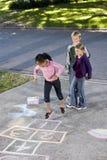hopscotch παιχνίδι κατσικιών Στοκ φωτογραφίες με δικαίωμα ελεύθερης χρήσης