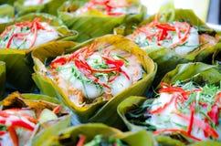 Hor-mok, thailändisches Lebensmittel, gedämpfte Fische curry Vanillepudding stockfotos