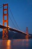 Hora azul en puente Golden Gate Imagen de archivo