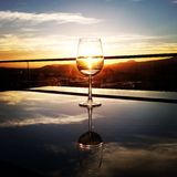 Hora de apreciar o vinho Foto de Stock