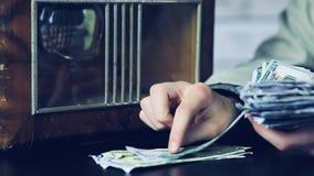 Hora de hacer un poco de dinero Cierre para arriba metrajes