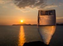 Hora de la puesta del sol en Santos, el Brasil imagen de archivo libre de regalías