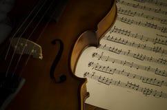 Hora de practicar el violín Foto de archivo