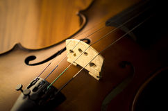 Hora de practicar el violín Foto de archivo libre de regalías