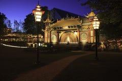 Hora del azul de los jardines de Tivoli Imagen de archivo libre de regalías