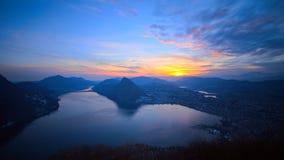Hora del azul de Lugano del lago Fotos de archivo libres de regalías