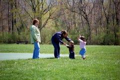 Hora del recreo en el parque Fotos de archivo