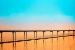 Hora dourada de Hood Canal Bridge Fotografia de Stock