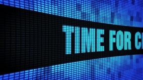 Hora para el texto lateral del cambio que enrolla el tablero de la muestra de la pantalla de la pared del LED almacen de metraje de vídeo