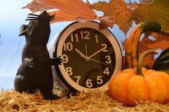 Hora para Halloween imagens de stock royalty free