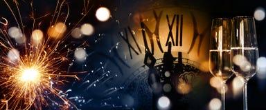Hora para la enhorabuena del Año Nuevo Fotografía de archivo libre de regalías