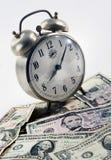 Hora para o dinheiro Fotos de Stock Royalty Free