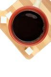 Hora para una taza de café Vista superior de una aún-vida con una taza de café, Imágenes de archivo libres de regalías