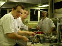 Hora punta en la cocina Imagenes de archivo