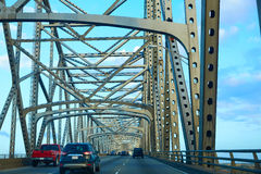 Horace Wilkinson Bridge i Mississippi River Arkivfoto