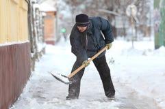 Horaire d'hiver, élimination de neige Image libre de droits