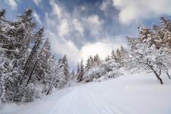 Horaire d'hiver dans les Alpes. photo stock