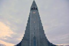 Horaire d'hiver de cathédrale de Hallgrimskirkja Photos libres de droits