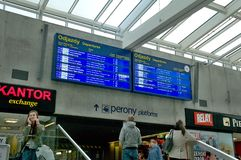 Horaire de gare ferroviaire dans Katowice photo libre de droits