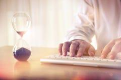 Horario del negocio y concepto del plazo Imagen de archivo