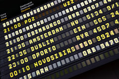 Horario en aeropuerto foto de archivo