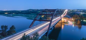 360 horas azuis Austin da ponte de Pennybacker, Texas, EUA Imagem de Stock