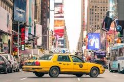 Horas de ponta na 7a avenida de Manhattan - New York City Fotografia de Stock Royalty Free