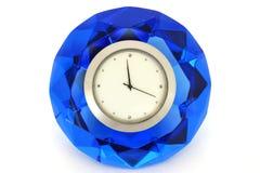 Horas em um cristal Fotos de Stock Royalty Free