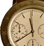 Horas velhas com um seletor de bronze imagem de stock
