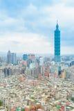 Horisont av den taipei staden med den högsta byggnaden i taiwan Royaltyfri Foto