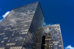 Horisont av högväxta WTC-byggnader med exponeringsglas i Bryssel, Belgien Royaltyfria Foton