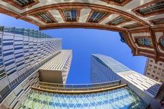 Horisont av highrisebyggnader i Frankfurt Arkivbild